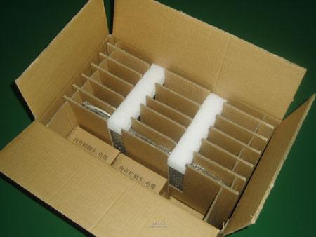 瓦楞纸箱之所以应用广泛,是因为它具有许多独特的优点: ①缓冲性能好.